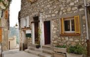 Location vacances La Roquette sur Var (06670)