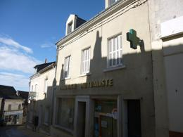 Maison Chateau Renault &bull; <span class='offer-area-number'>185</span> m² environ &bull; <span class='offer-rooms-number'>6</span> pièces