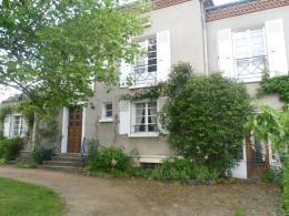 Maison Oradour sur Glane &bull; <span class='offer-area-number'>200</span> m² environ &bull; <span class='offer-rooms-number'>9</span> pièces