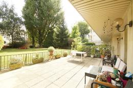 Appartement Neuilly sur Seine &bull; <span class='offer-area-number'>48</span> m² environ &bull; <span class='offer-rooms-number'>2</span> pièces