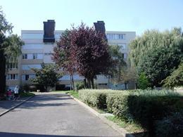 Appartement Longjumeau &bull; <span class='offer-area-number'>17</span> m² environ &bull; <span class='offer-rooms-number'>1</span> pièce