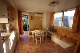 Maison Les Vans &bull; <span class='offer-area-number'>33</span> m² environ &bull; <span class='offer-rooms-number'>3</span> pièces