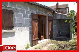Maison Ambert &bull; <span class='offer-area-number'>74</span> m² environ &bull; <span class='offer-rooms-number'>3</span> pièces