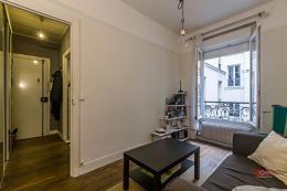 Appartement Paris 10 &bull; <span class='offer-area-number'>28</span> m² environ &bull; <span class='offer-rooms-number'>2</span> pièces