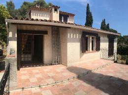 Maison La Seyne sur Mer &bull; <span class='offer-area-number'>115</span> m² environ &bull; <span class='offer-rooms-number'>6</span> pièces