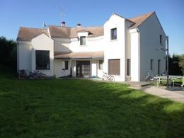 Maison St Nom la Breteche &bull; <span class='offer-area-number'>245</span> m² environ &bull; <span class='offer-rooms-number'>10</span> pièces