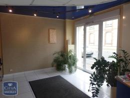 Location Commerce Laval