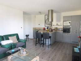 Appartement Montfavet &bull; <span class='offer-area-number'>74</span> m² environ &bull; <span class='offer-rooms-number'>4</span> pièces