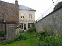 Maison St Quentin &bull; <span class='offer-area-number'>123</span> m² environ &bull; <span class='offer-rooms-number'>5</span> pièces