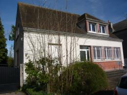 Maison Lailly en Val &bull; <span class='offer-area-number'>180</span> m² environ &bull; <span class='offer-rooms-number'>8</span> pièces