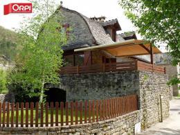 Maison Les Salelles &bull; <span class='offer-area-number'>170</span> m² environ &bull; <span class='offer-rooms-number'>6</span> pièces