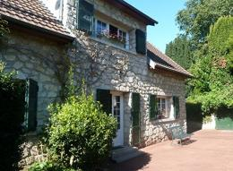 Maison Cessieres &bull; <span class='offer-area-number'>180</span> m² environ &bull; <span class='offer-rooms-number'>8</span> pièces