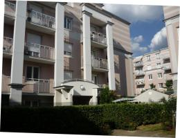 Appartement L Hay les Roses &bull; <span class='offer-area-number'>38</span> m² environ &bull; <span class='offer-rooms-number'>1</span> pièce
