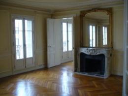 Location Appartement 5 pièces Paris 08
