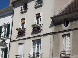 Appartement Jouarre &bull; <span class='offer-area-number'>58</span> m² environ &bull; <span class='offer-rooms-number'>3</span> pièces