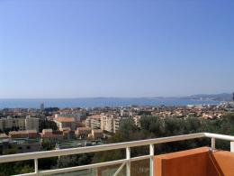 Appartement St Laurent du Var &bull; <span class='offer-area-number'>62</span> m² environ &bull; <span class='offer-rooms-number'>3</span> pièces