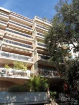 Location Appartement 80 pièces Toulon