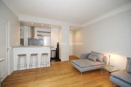 Location Appartement 2 pièces Paris 08