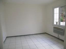 Appartement Epone &bull; <span class='offer-area-number'>18</span> m² environ &bull; <span class='offer-rooms-number'>1</span> pièce