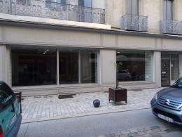 Parking Castres &bull; <span class='offer-area-number'>260</span> m² environ &bull; <span class='offer-rooms-number'>3</span> pièces