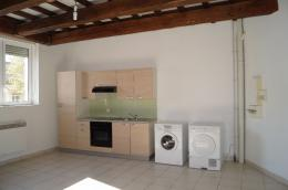 Appartement Cheval Blanc &bull; <span class='offer-area-number'>64</span> m² environ &bull; <span class='offer-rooms-number'>3</span> pièces