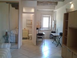 Appartement Montfavet &bull; <span class='offer-area-number'>25</span> m² environ &bull; <span class='offer-rooms-number'>1</span> pièce