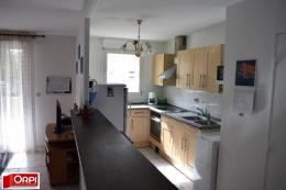 Appartement Brie Comte Robert &bull; <span class='offer-area-number'>64</span> m² environ &bull; <span class='offer-rooms-number'>3</span> pièces