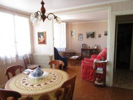 Appartement Aurillac &bull; <span class='offer-area-number'>72</span> m² environ &bull; <span class='offer-rooms-number'>4</span> pièces