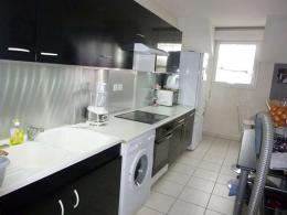 Appartement St Denis de L Hotel &bull; <span class='offer-area-number'>65</span> m² environ &bull; <span class='offer-rooms-number'>3</span> pièces