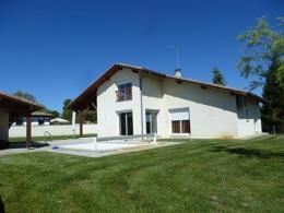 Maison St Jean de Marsacq &bull; <span class='offer-area-number'>160</span> m² environ &bull; <span class='offer-rooms-number'>5</span> pièces