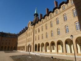 Location Appartement 4 pièces Ste Foy les Lyon