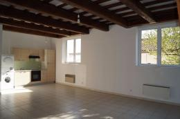 Appartement Cheval Blanc &bull; <span class='offer-area-number'>70</span> m² environ &bull; <span class='offer-rooms-number'>3</span> pièces