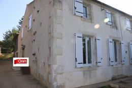 Maison Ardin &bull; <span class='offer-area-number'>200</span> m² environ &bull; <span class='offer-rooms-number'>7</span> pièces