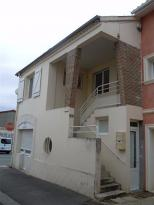 Appartement Hagetmau &bull; <span class='offer-area-number'>66</span> m² environ &bull; <span class='offer-rooms-number'>3</span> pièces