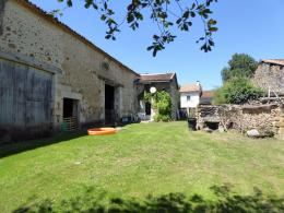 Maison Montbron &bull; <span class='offer-area-number'>105</span> m² environ &bull; <span class='offer-rooms-number'>4</span> pièces