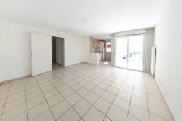 Appartement St Esteve &bull; <span class='offer-area-number'>62</span> m² environ &bull; <span class='offer-rooms-number'>3</span> pièces