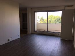 Appartement Les Ulis &bull; <span class='offer-area-number'>82</span> m² environ &bull; <span class='offer-rooms-number'>4</span> pièces