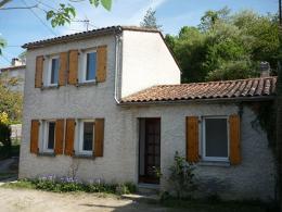 Maison Angouleme &bull; <span class='offer-area-number'>72</span> m² environ &bull; <span class='offer-rooms-number'>3</span> pièces