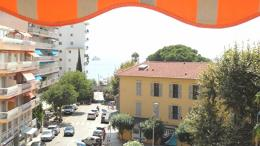 Appartement Antibes &bull; <span class='offer-area-number'>90</span> m² environ &bull; <span class='offer-rooms-number'>3</span> pièces