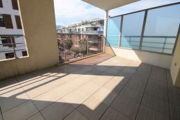 Appartement Cannes la Bocca &bull; <span class='offer-area-number'>27</span> m² environ &bull; <span class='offer-rooms-number'>1</span> pièce