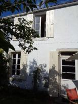Maison St Georges d Oleron &bull; <span class='offer-area-number'>67</span> m² environ &bull; <span class='offer-rooms-number'>4</span> pièces