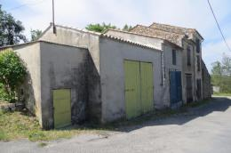 Achat studio Montagnac Montpezat