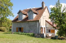 Maison Sury en Vaux &bull; <span class='offer-area-number'>94</span> m² environ &bull; <span class='offer-rooms-number'>5</span> pièces