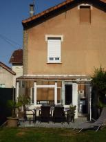 Maison La Rochefoucauld &bull; <span class='offer-area-number'>84</span> m² environ &bull; <span class='offer-rooms-number'>3</span> pièces