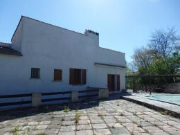 Maison Montfuron &bull; <span class='offer-area-number'>137</span> m² environ &bull; <span class='offer-rooms-number'>5</span> pièces