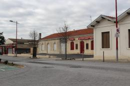 Location Commerce Le Taillan Medoc