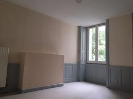 Appartement Aurillac &bull; <span class='offer-area-number'>27</span> m² environ &bull; <span class='offer-rooms-number'>1</span> pièce