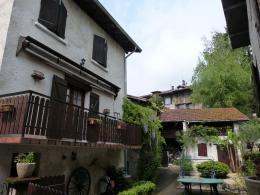 Maison La Buisse &bull; <span class='offer-area-number'>105</span> m² environ &bull; <span class='offer-rooms-number'>4</span> pièces