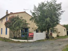 Maison La Gripperie St Symphorien &bull; <span class='offer-area-number'>147</span> m² environ &bull; <span class='offer-rooms-number'>6</span> pièces