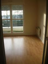 Appartement St Cyr sur Loire &bull; <span class='offer-area-number'>38</span> m² environ &bull; <span class='offer-rooms-number'>2</span> pièces